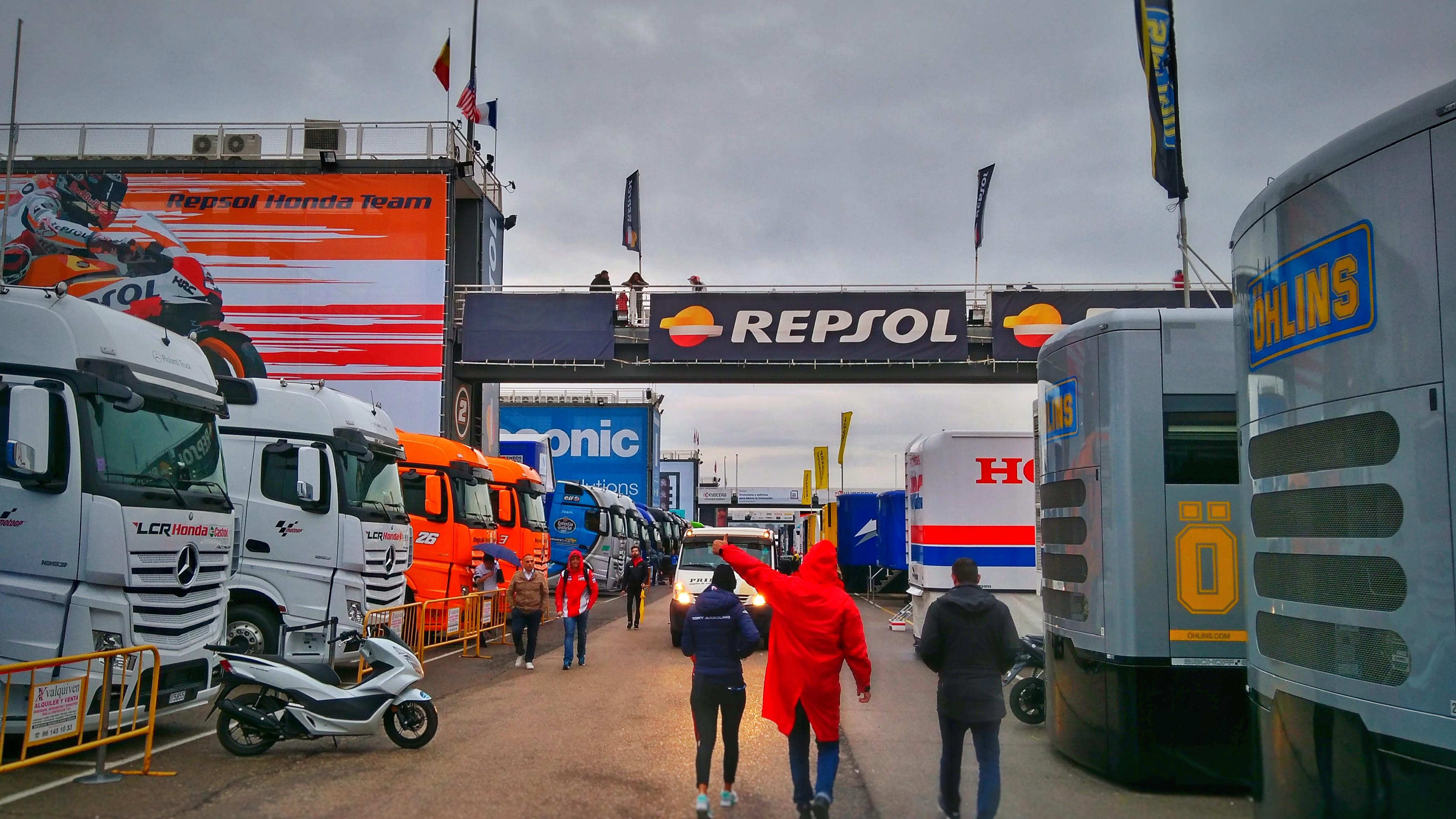 MotoGP GFX Tech Analisys OB Van